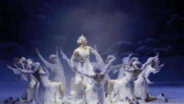 Llega a Murcia un Tchaikovsky sobre hielo