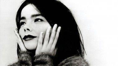 Los 5 videoclips más memorables de Björk