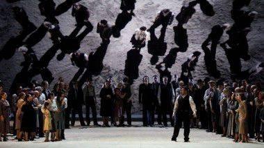 Nabucco se traslada al siglo XX en el Gran Teatre Liceu de Barcelona