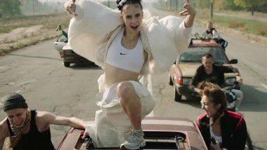 #MusicFriday MØ presenta nuevo vídeo «Kamikaze»