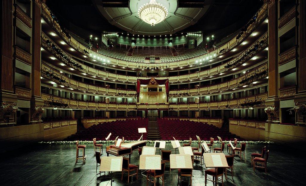 Resultado de imagen de teatros luchana madrid