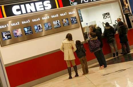 Cartelera de cines as termas lugo for Cartelera avenida sevilla