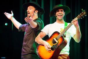 Venidos a Menos. Show Musical 3