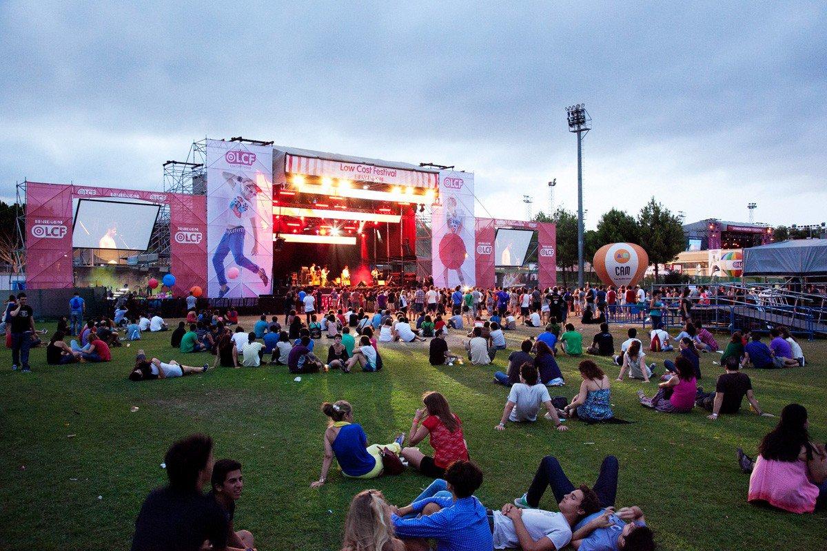 Entradas low festival for Puerta 8 ciudad deportiva