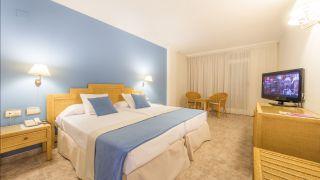 Habitación estándar - Hotel Palas Pineda